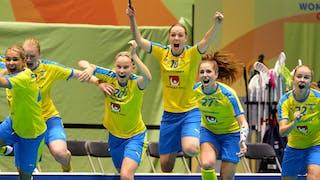 Stephanie Boberg jublar efter VM-guld. Foto: Michael Peter/IFF